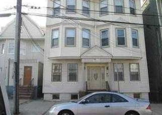 Casa en ejecución hipotecaria in Jersey City, NJ, 07304,  CLENDENNY AVE ID: F3375295