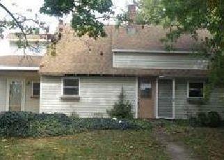 Casa en ejecución hipotecaria in Levittown, PA, 19055,  ROSE ARBOR LN ID: F3413510