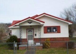 Casa en ejecución hipotecaria in Johnson Condado, KY ID: F3589459