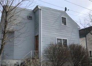 Casa en ejecución hipotecaria in Fall River, MA, 02721,  ABERDEEN ST ID: F3604949