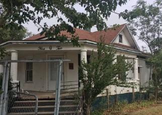 Casa en ejecución hipotecaria in Garden City, KS, 67846,  N 13TH ST ID: F3637471