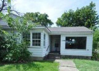 Casa en ejecución hipotecaria in Arlington, TX, 76010,  CARSWELL TER ID: F3639799