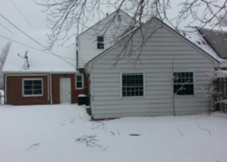 Casa en ejecución hipotecaria in Willowick, OH, 44095,  CRESTHAVEN DR ID: F3672431