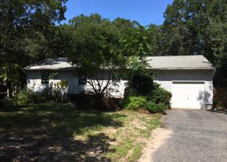 Casa en ejecución hipotecaria in Riverhead, NY, 11901,  ELLEN ST ID: F3675925