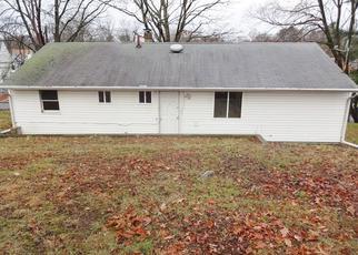 Casa en ejecución hipotecaria in Bridgeport, CT, 06606,  CHOPSEY HILL RD ID: F3695421