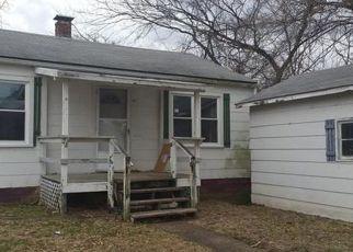 Casa en ejecución hipotecaria in Bond Condado, IL ID: F3714430