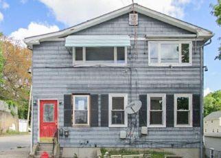 Casa en ejecución hipotecaria in Woonsocket, RI, 02895,  YOLANDE PL ID: F3716590
