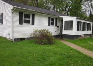 Casa en ejecución hipotecaria in Ewing, NJ, 08618,  BROAD AVE ID: F3720528