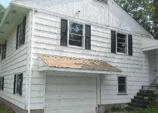 Casa en ejecución hipotecaria in Newburgh, NY, 12550,  ROUTE 300 ID: F3783155