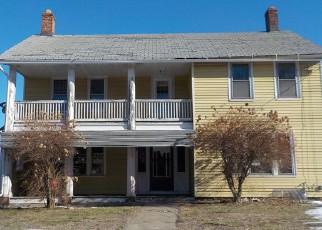 Casa en ejecución hipotecaria in Naugatuck, CT, 06770,  MAY ST ID: F3817477