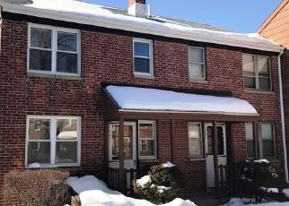 Casa en ejecución hipotecaria in Bridgeport, CT, 06610,  LOUISIANA AVE ID: F3817500