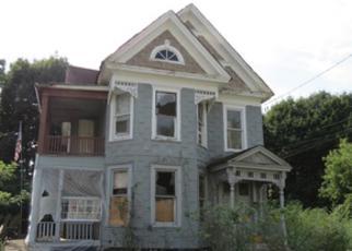 Casa en ejecución hipotecaria in Syracuse, NY, 13204,  MERRIMAN AVE ID: F3832028