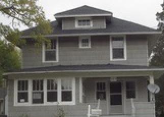 Casa en ejecución hipotecaria in Elgin, IL, 60120,  ALGONA AVE ID: F3853329