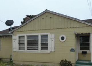 Casa en ejecución hipotecaria in Santa Cruz Condado, CA ID: F3854010