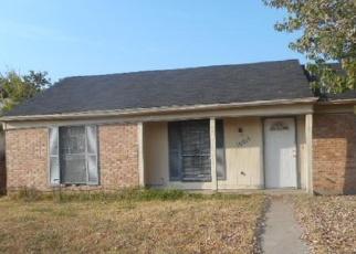 Casa en ejecución hipotecaria in Dallas, TX, 75217,  OAK GATE LN ID: F3854189