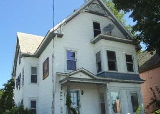 Casa en ejecución hipotecaria in Fitchburg, MA, 01420,  LUNENBURG ST ID: F3855609