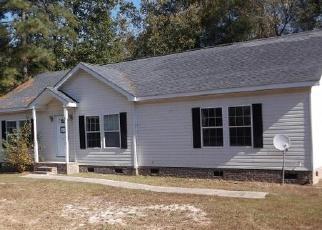 Casa en ejecución hipotecaria in Sanford, NC, 27332,  COUNTRY WALK LN ID: F3856165