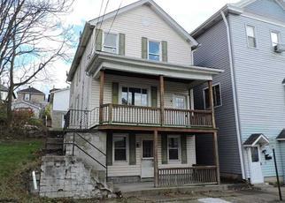 Casa en ejecución hipotecaria in Westmoreland Condado, PA ID: F3880029