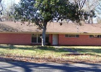 Casa en ejecución hipotecaria in Gregg Condado, TX ID: F3904611