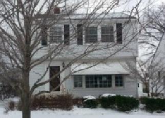 Casa en ejecución hipotecaria in Willowick, OH, 44095,  BAYRIDGE BLVD ID: F3905124