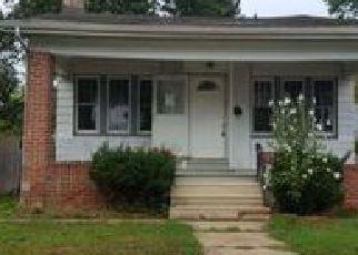 Casa en ejecución hipotecaria in Ewing, NJ, 08618,  BEECHWOOD AVE ID: F3905422