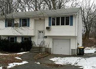 Casa en ejecución hipotecaria in Pascoag, RI, 02859,  SAYLES AVE ID: F3908349