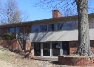 Casa en ejecución hipotecaria in Madisonville, KY, 42431,  GRAMPIAN HILLS DR ID: F3913513