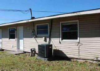 Casa en ejecución hipotecaria in Gretna, LA, 70056,  FARMINGTON PL ID: F3913519