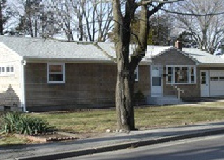 Casa en ejecución hipotecaria in East Greenwich, RI, 02818,  POTOWOMUT RD ID: F3914110