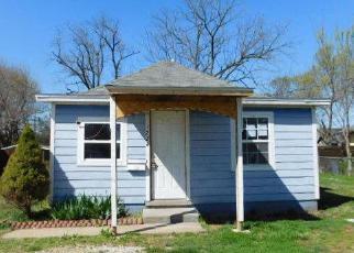 Casa en ejecución hipotecaria in Rogers, AR, 72756,  S 4TH ST ID: F3933543