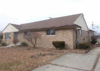 Casa en ejecución hipotecaria in Clinton Township, MI, 48035,  SHARKEY ST ID: F3947675