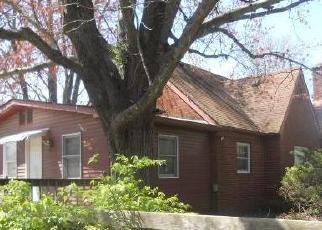 Casa en ejecución hipotecaria in Gibson Condado, IN ID: F3971793