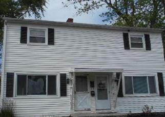 Casa en ejecución hipotecaria in Stratford, CT, 06615,  MCGRATH CT ID: F3977804