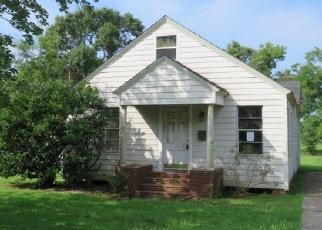 Casa en ejecución hipotecaria in Jefferson Condado, TX ID: F3978723