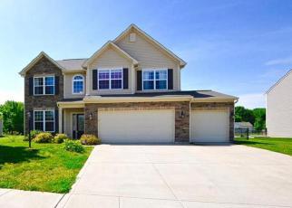 Casa en ejecución hipotecaria in Avon, IN, 46123,  BUHRSTONE LN ID: F3982247