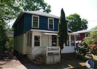 Casa en ejecución hipotecaria in Norwich, CT, 06360,  GILMOUR ST ID: F3983691