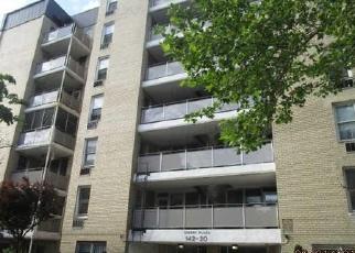 Casa en ejecución hipotecaria in Jamaica, NY, 11435,  84TH DR ID: F3985250