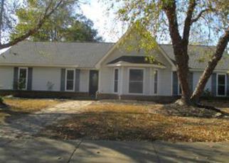 Casa en ejecución hipotecaria in Millington, TN, 38053,  TRADING POST LN ID: F3993861