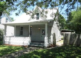 Casa en ejecución hipotecaria in Clinton Condado, IL ID: F3995410