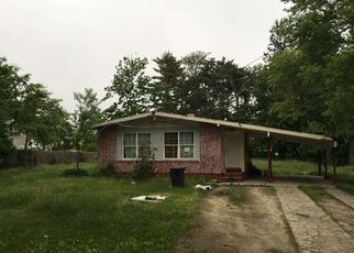 Casa en ejecución hipotecaria in Brentwood, NY, 11717,  S 5TH AVE ID: F3999687