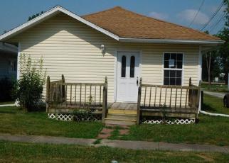Casa en ejecución hipotecaria in Franklin Condado, IL ID: F4000247