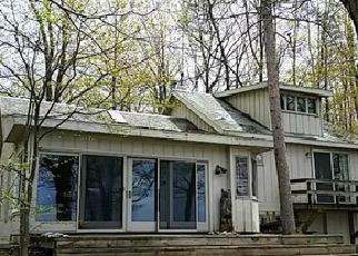 Casa en ejecución hipotecaria in Emmet Condado, MI ID: F4001911