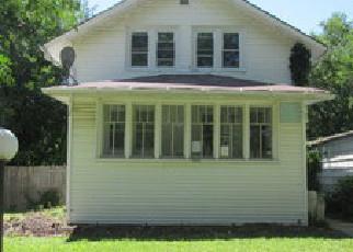 Casa en ejecución hipotecaria in Maywood, IL, 60153,  S 17TH AVE ID: F4002641