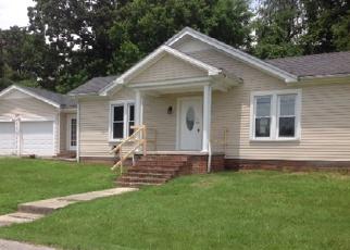 Casa en ejecución hipotecaria in Hopkinsville, KY, 42240,  CAYCE AVE ID: F4004115