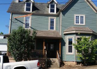 Casa en ejecución hipotecaria in Westmoreland Condado, PA ID: F4006793