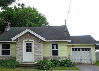 Casa en ejecución hipotecaria in Oswego Condado, NY ID: F4008168