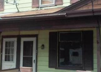 Casa en ejecución hipotecaria in Hazleton, PA, 18201,  W 3RD ST ID: F4008706