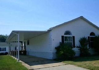 Casa en ejecución hipotecaria in Tiverton, RI, 02878,  ROBIN DR ID: F4012206