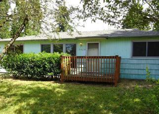 Casa en ejecución hipotecaria in Seattle, WA, 98198,  S 219TH ST ID: F4013322