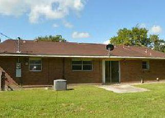 Casa en ejecución hipotecaria in Baytown, TX, 77520,  BRUCE DR ID: F4014108